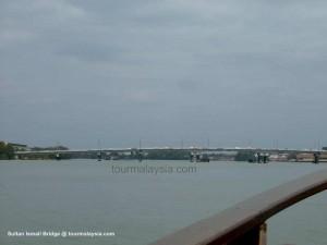 Sultan Ismail Bridge