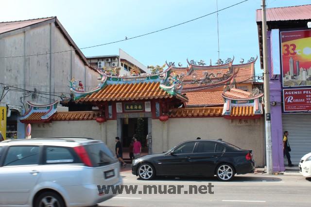 Muar Nan Hai Fei Lai Guan Yin Temple (麻坡南海飞来观音堂)