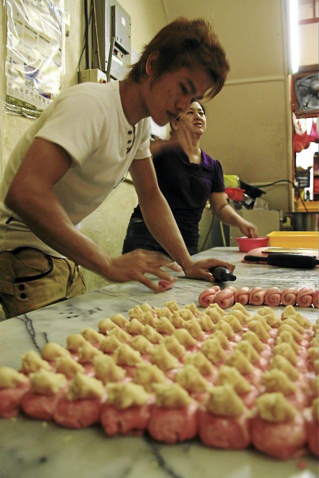 和美饼家的制饼过程