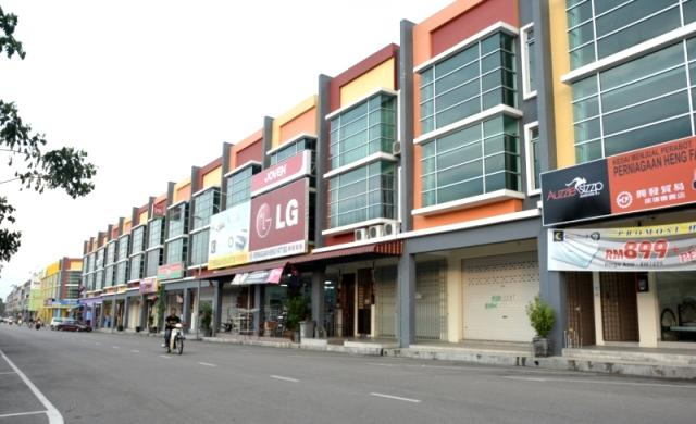 Mushroomed buildings in Bukit Gambir.