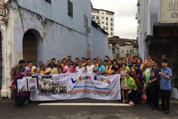 集合社区各阶层力量 文化走廊秀麻坡色彩 [Cultural Walk is erected to show off the color of Muar]